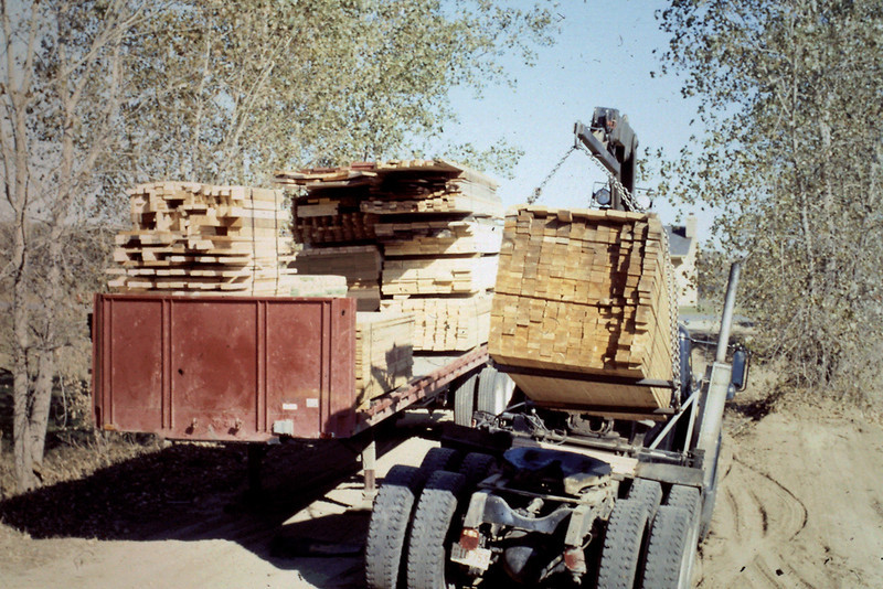 1974-09 - Lumber from Sussel NearBilt Homes