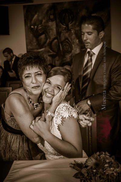 IMG_0320 September 27, 2014 Wedding Day Laura y Giovanny-2.jpg