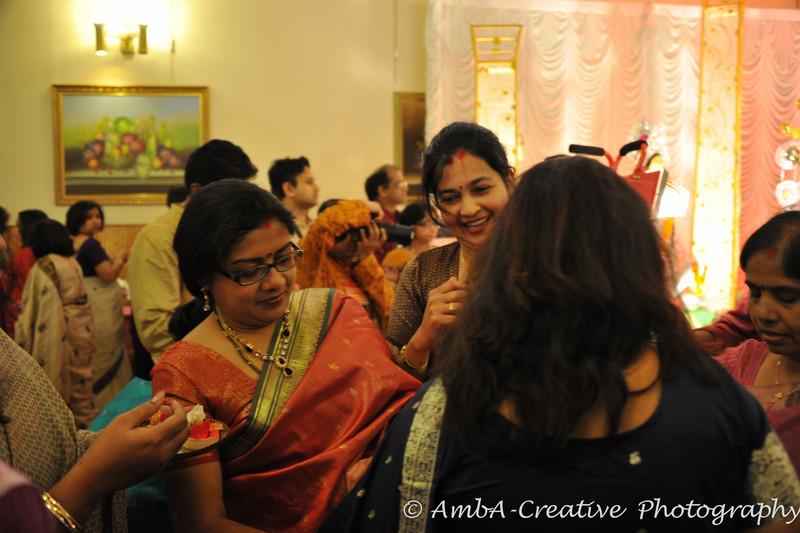 2013-10-13_DurgaPuja_Navami@KallolNJ_42.jpg