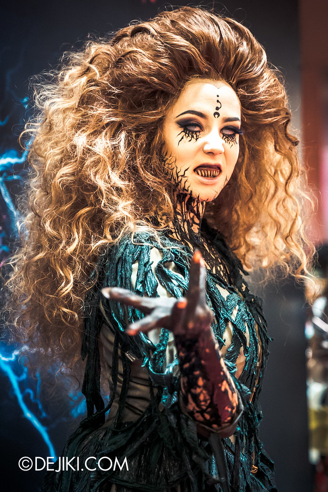 Universal Studios Singapore - Halloween Horror Nights 6 Before Dark Day Photo Report 2 - Augusta at Roadshow 2 / conjure