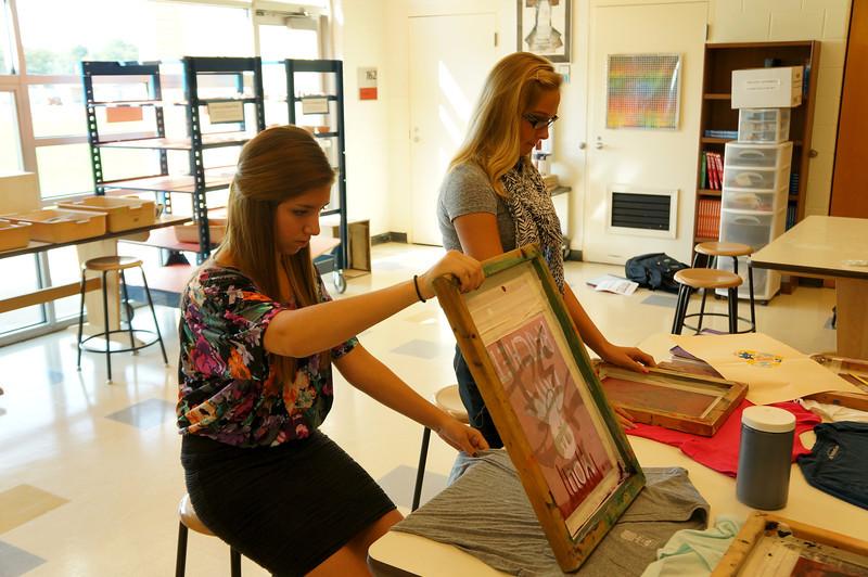 Lutheran-West-Art-Class-Silk-Screen-T-Shirts--September-2012--13.JPG