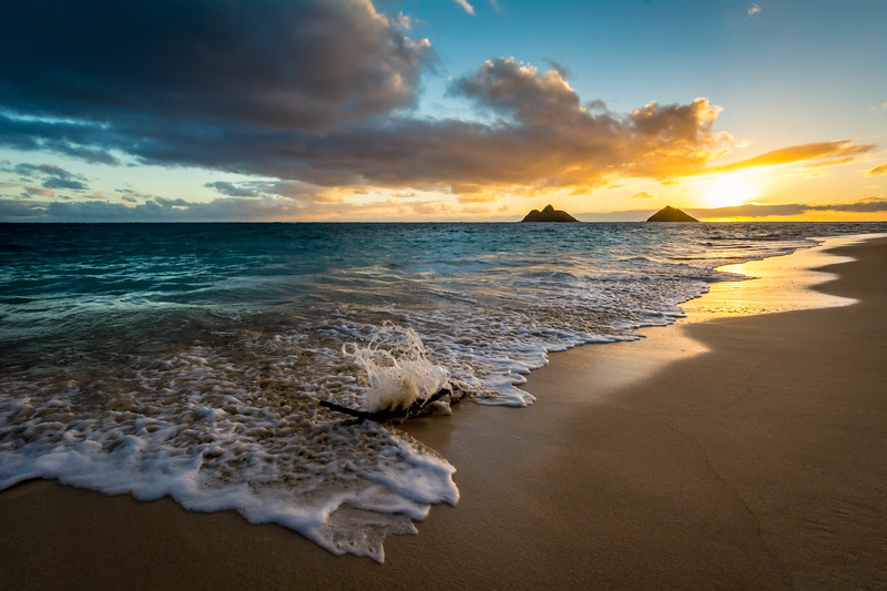 Sunrise Coast, Lanikai Beach, O'ahu, Hawaii, USA