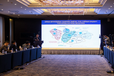 Монгол Улсын Ерөнхий сайд Л.Оюун-Эрдэнэ Аялал жуулчлалын салбарынхантай уулзаж байна