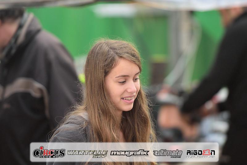 action-stands-dimanche-pierrefeu-201518.JPG