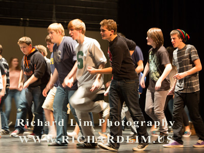 2013-11-07-HHS Footloose