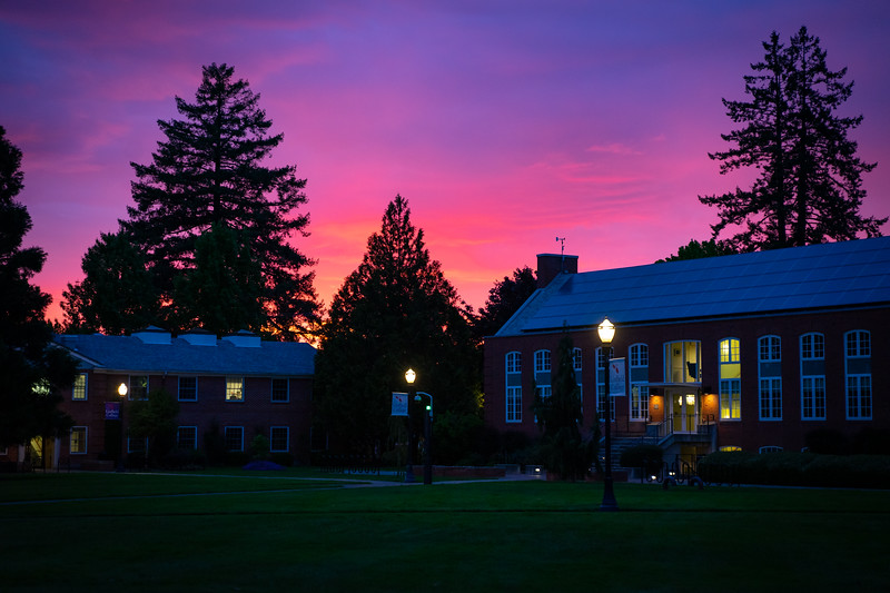 1905_21_sunset_on_campus-03955.jpg