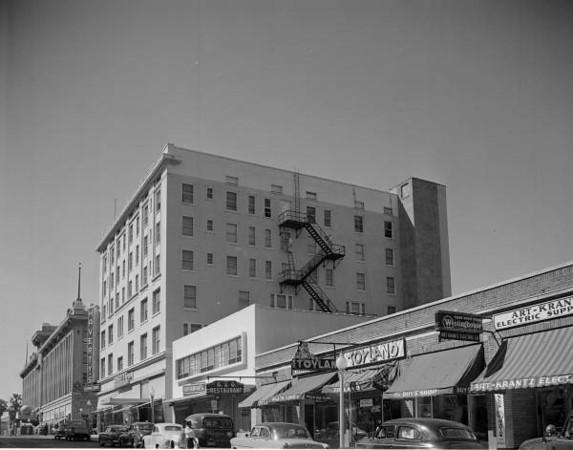 Duval Street-1953.jpg