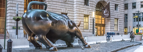 Charging Bull with Fearless Girl