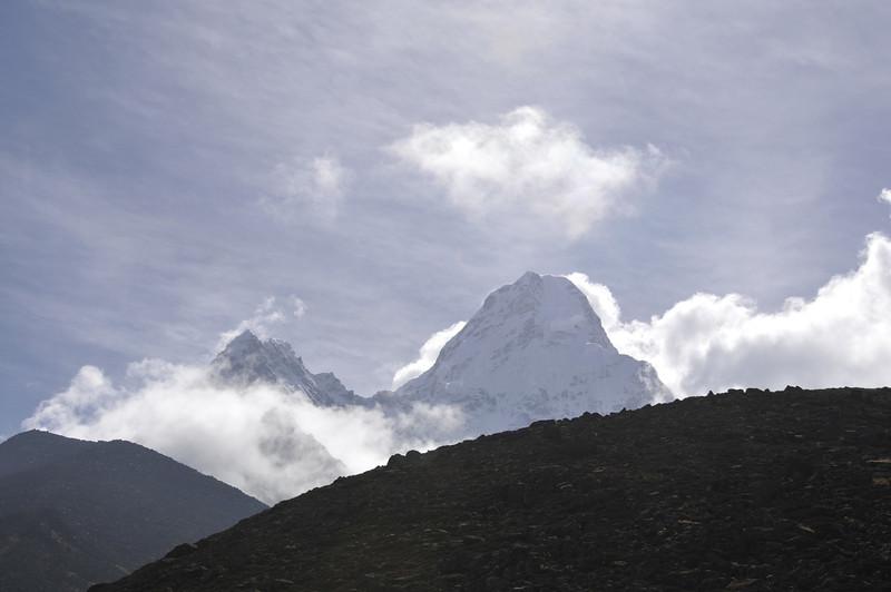 080518 3005 Nepal - Everest Region - 7 days 120 kms trek to 5000 meters _E _I ~R ~L.JPG