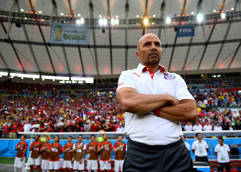 . Head coach Jorge Sampaoli of Chile looks on during the 2014 FIFA World Cup Brazil Group B match between Spain and Chile at Maracana on June 18, 2014 in Rio de Janeiro, Brazil.  (Photo by David Ramos/Getty Images)
