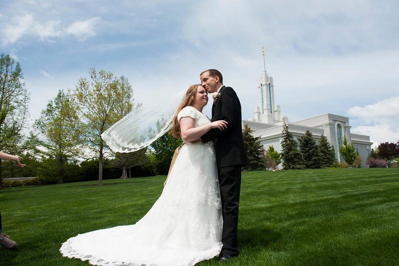 hershberger-wedding-pictures-300.jpg