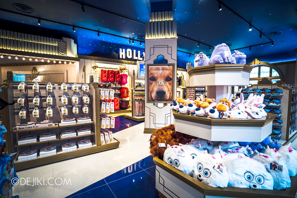 Universal Studios Singapore - Silver Screen Store - Movies collection, Secret Life of Pets