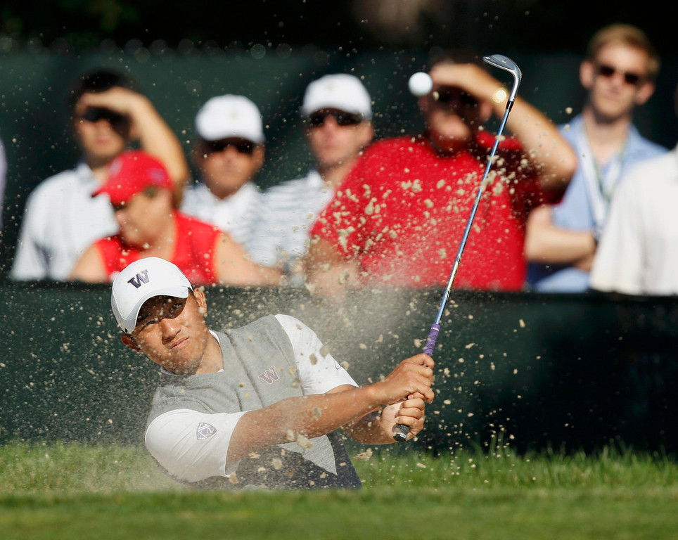 . Amateur Cheng-Tsung Pan of Taiwan chips to the 15th green during completion of the second round of the 2013 U.S. Open golf championship at the Merion Golf Club in Ardmore, Pennsylvania, June 15, 2013. REUTERS/Matt Sullivan