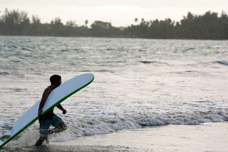 Austin_Waclo_surfing (8).jpg