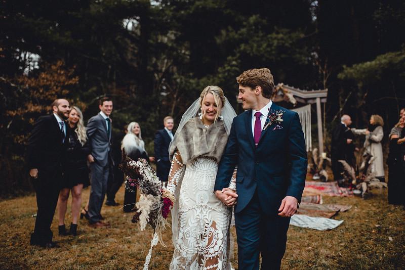 Requiem Images - Luxury Boho Winter Mountain Intimate Wedding - Seven Springs - Laurel Highlands - Blake Holly -1106.jpg