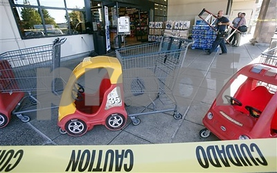 woman-drives-through-store-after-refused-gift-card-purchases