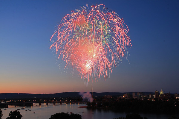 Fireworks Over Harrisburg - July 5, 2009