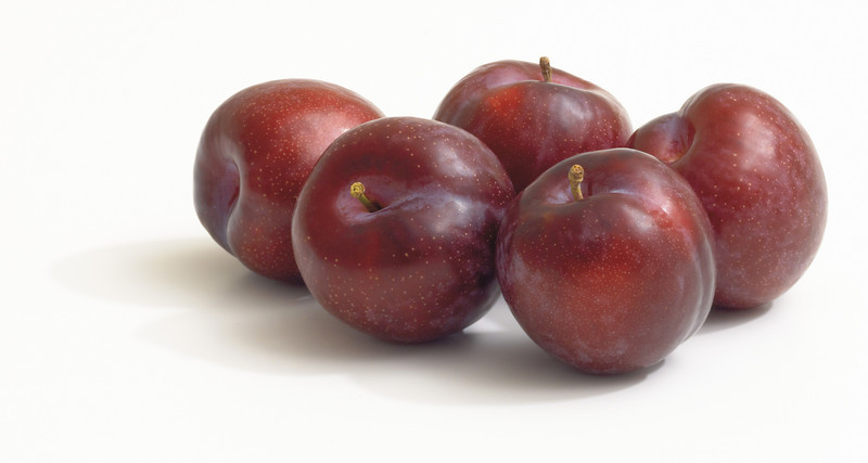 do_Plums_Red_4.jpg