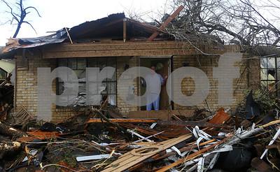 storms-tornadoes-damage-dozens-of-homes-in-san-antonio-area