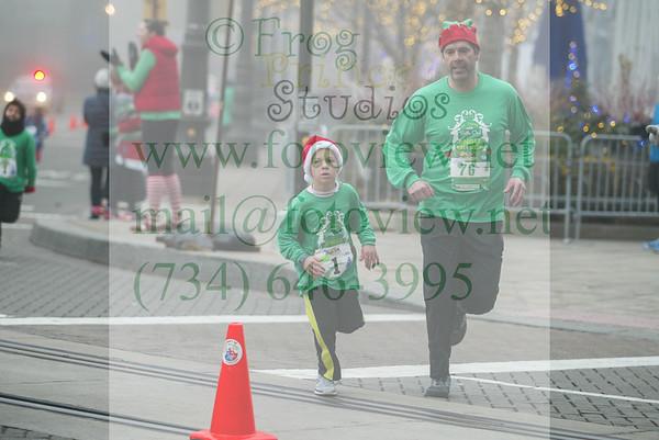 Detroit Jingle Bell Run 5 Dec 2015