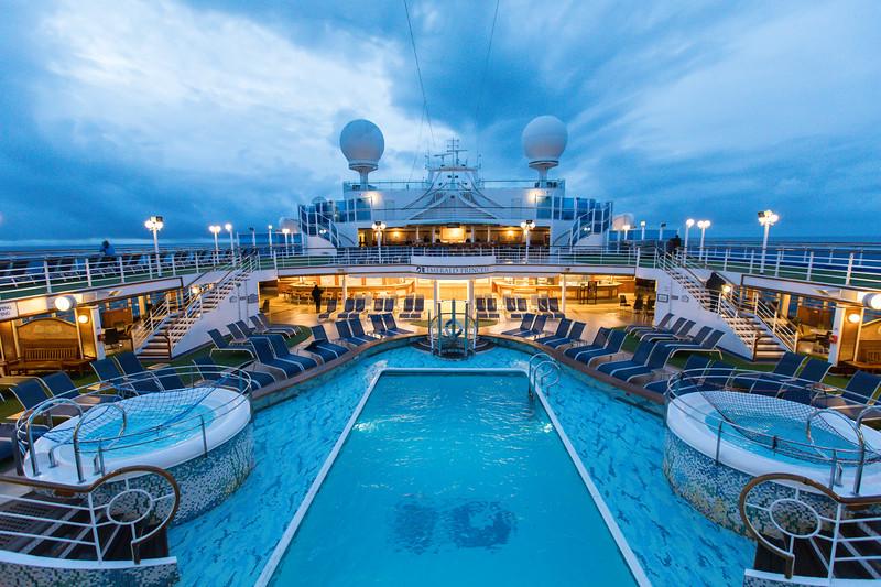 Ship at Dawn-0626.jpg