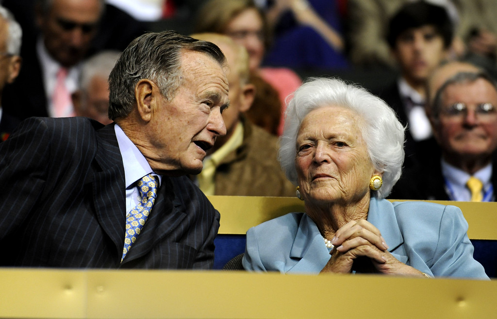 . Former U.S. President George H.W. Bush, left, and former first lady Barbara Bush are seen at the Republican National Convention in St. Paul, Minn., Tuesday, Sept. 2, 2008. (AP Photo/Susan Walsh)