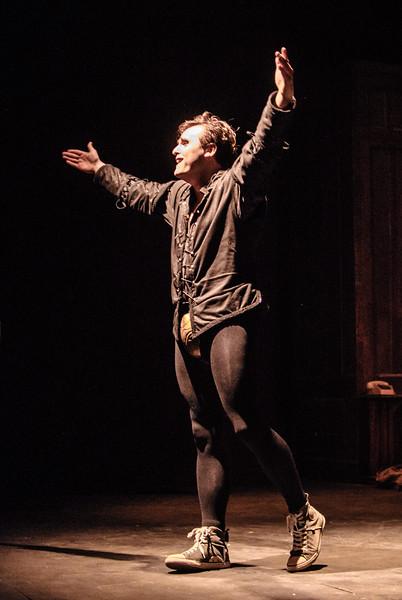 I Hate Hamlet 49.jpg
