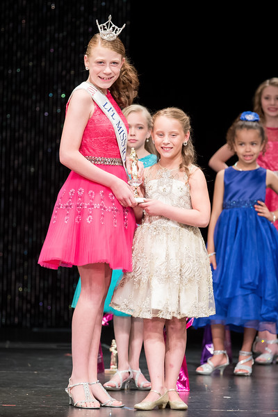 Miss_Iowa_Youth_2016_125039.jpg
