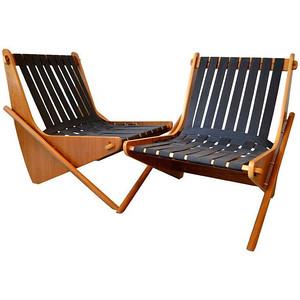 'Boomerang Chair' by Richard Neutra