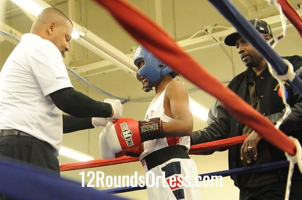 Bout 12 Devon Young -vs- Zamonta Jackson, Junior, 90 lbs.