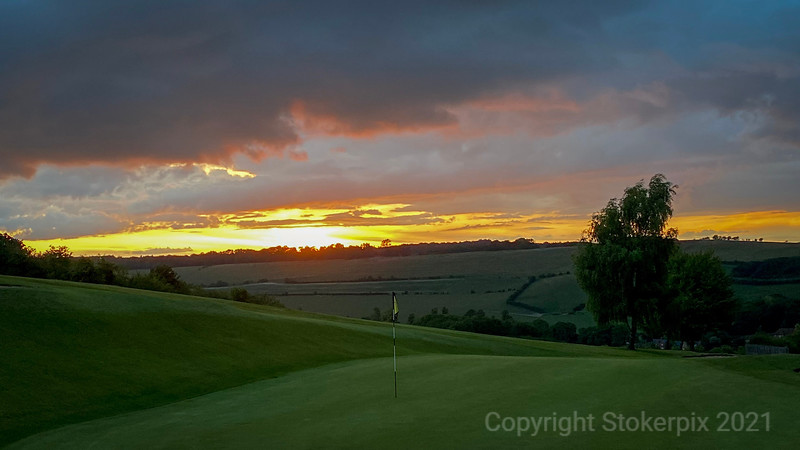 Goring and Streatley Sunset from  3rd Green
