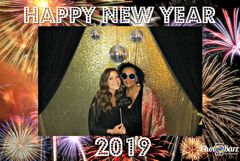 New Years 2019 Photobooth Pics (22).jpg