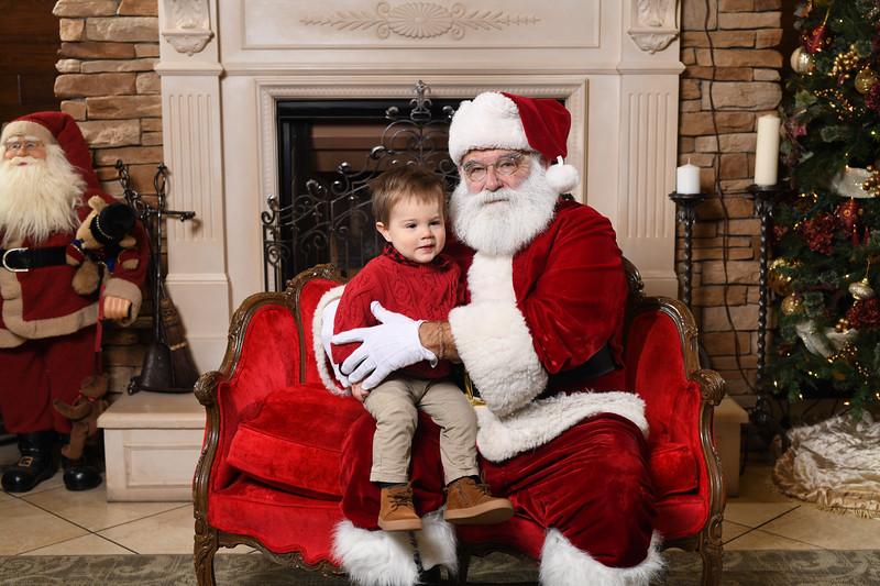 Santa2018.TylerBoye.-43.jpg