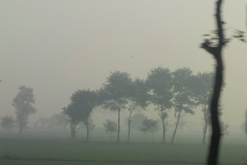 Roads_in_India_1206_001.jpg