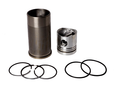 CASE IH ENGINE PISTON & LINER KIT 100MM 3218461R95