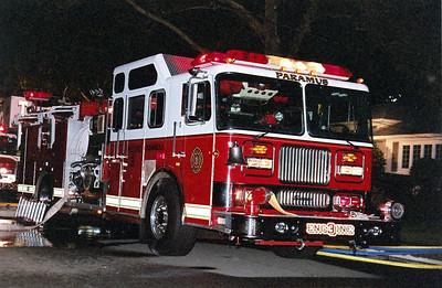 Paramus Working house fire Abbott Rd. 8-19-06