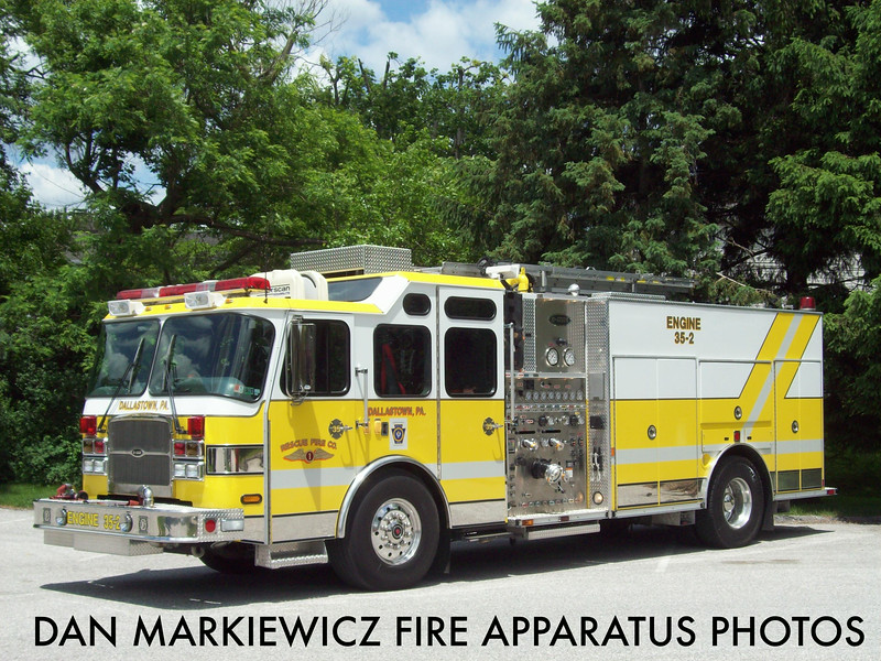 RESCUE FIRE CO. DALLASTOWN ENGINE 35-2 2005 E-ONE PUMPER
