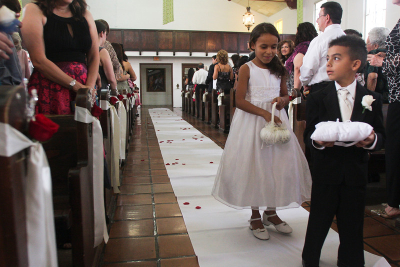 dmartinez-20111001-reyeswedding-0066.jpg