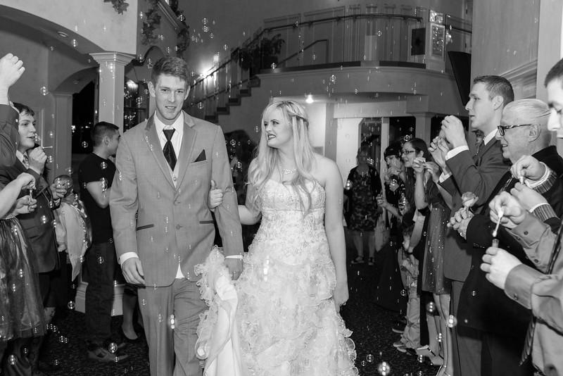 danielle-andy-wedding-photography-reception-95.jpg