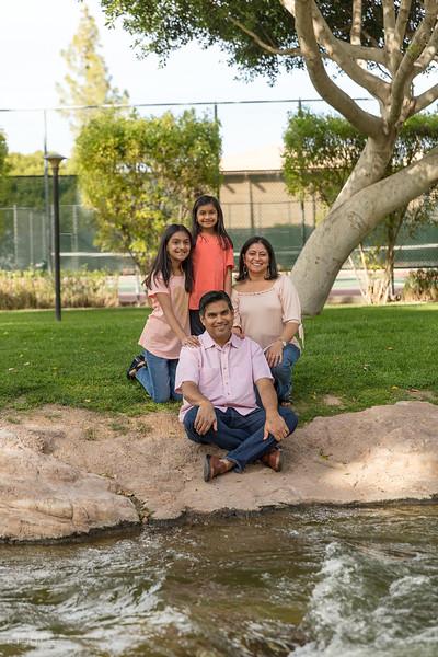 Urvi Family-6.jpg