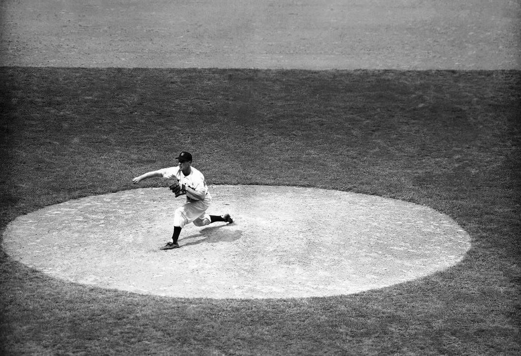 . Robert Feller, Cleveland Indians on June 22, 1954. (AP Photo)