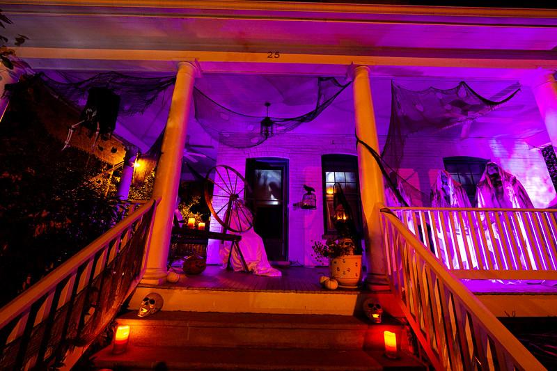 Del Ray Halloween Houses 033.jpg