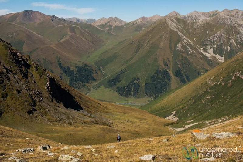 Descending from Terim Tor Bulak Pass - Jyrgalan Trek, Kyrgyzstan