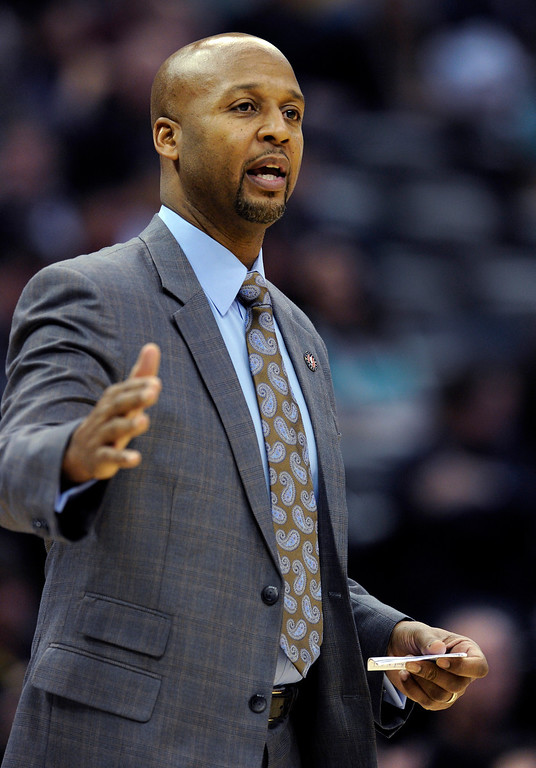 . Nuggets coach Brian Shaw talked to his players in the first quarter.   Photo By Karl Gehring/The Denver Post