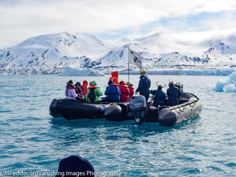 zodiac_icebergs_glaciers_aw110_1606110935592916-2.jpg