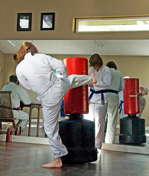 Nic(martial art)20100619A-6971A.jpg