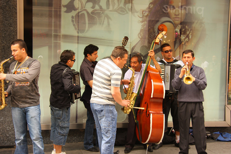 Street musicians near Hotel Europa in Madrid, Spain