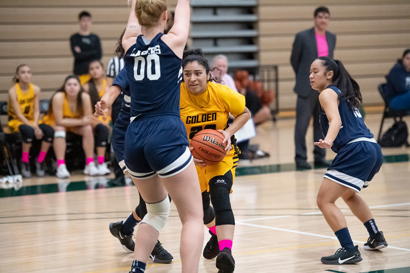 Basketball-W-2020-01-31-7857.jpg