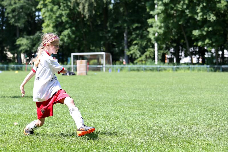 hsv_fussballschule-478_48047957381_o.jpg