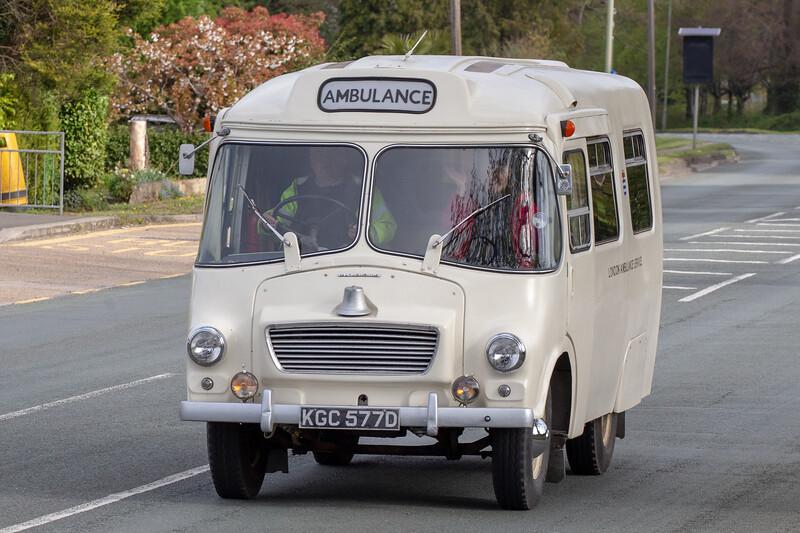 KGC577D 1966 Morris LD ambulance